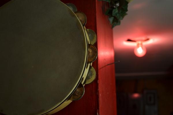 Tambourine-web