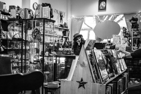 Darkhorse_Bookstore-web