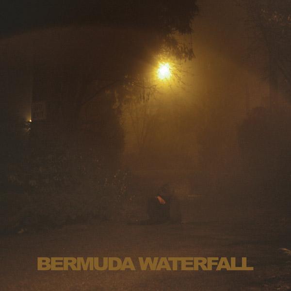 Weird_Canada-Sean_Nicholas_Savage-Bermuda-Waterfall