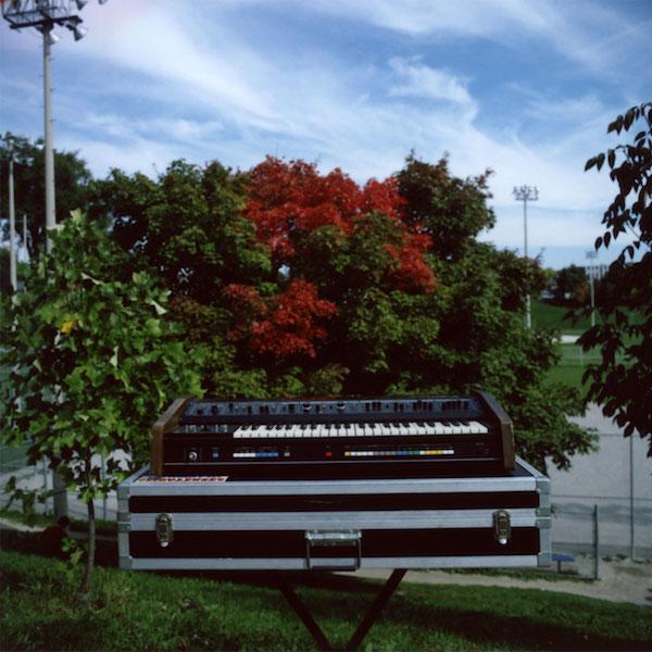 Weird_Canada-abfree_4_synth