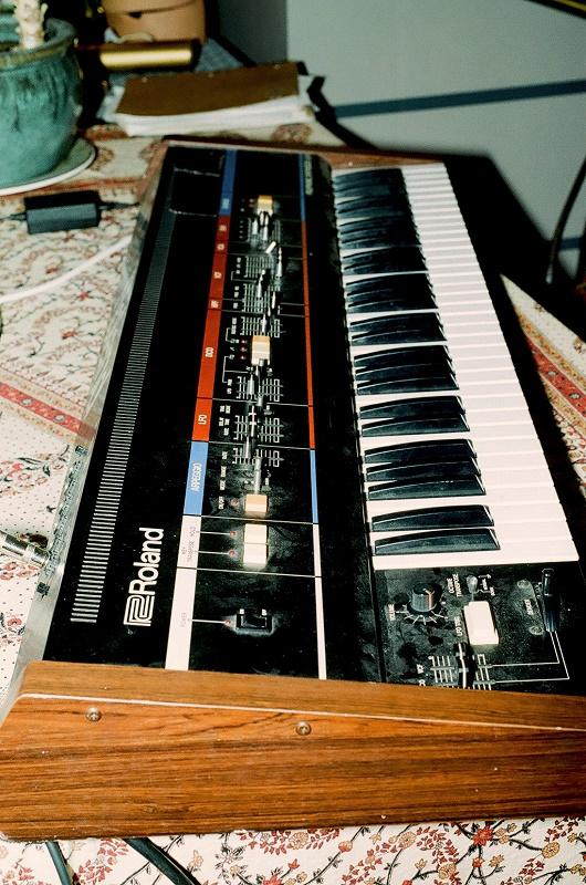 Weird_Canada-Roland_Keyboard